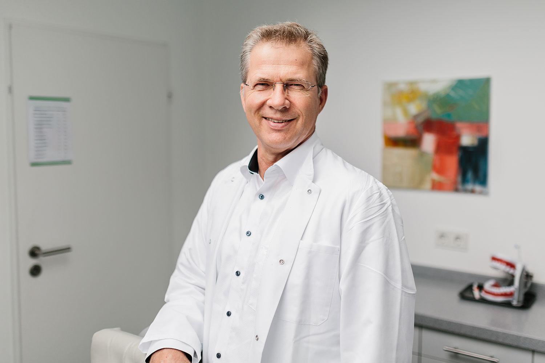 Dr. Stephan Clasen